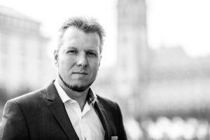 Jan-Timo Schaube ich berate Unternehmen bei Fragen zu Google und Facebook